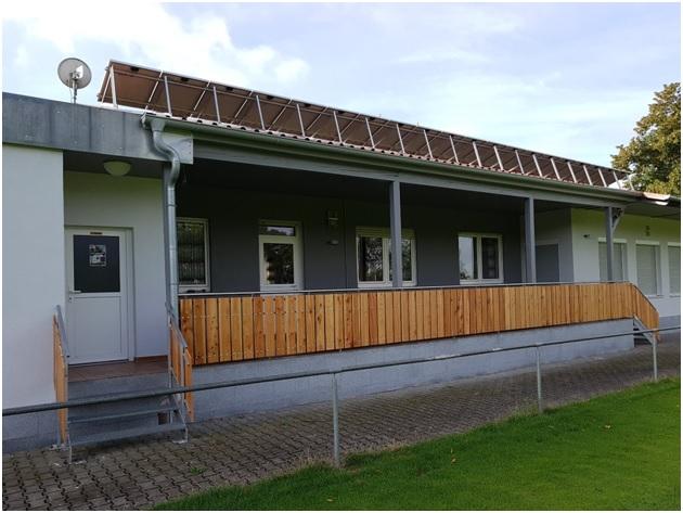 Sportheim - Anstrich - Oben