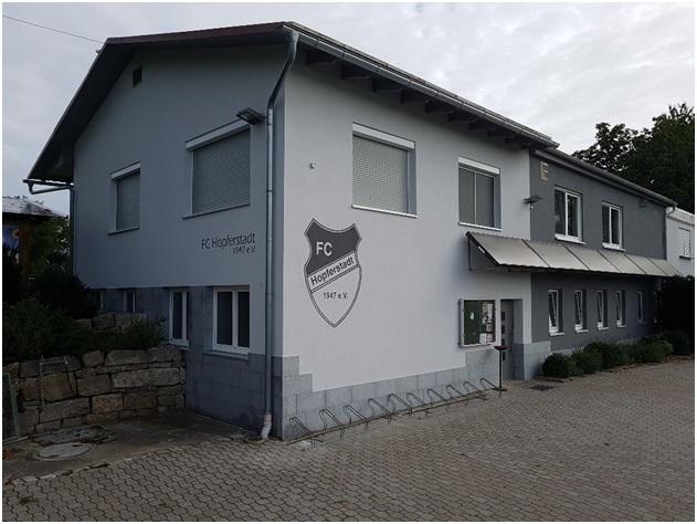 Sportheim - Anstrich -Vorne